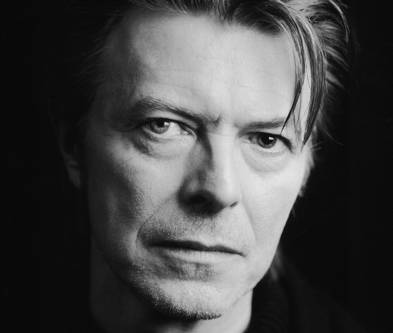 Preminuo David Bowie