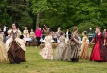 Udruga mladih Feniks organizira prezentaciju dvorskog plesa
