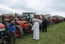 Na Strugači 150 traktorista i članova njihovih obitelji