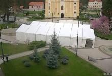 Šator dobre zabave već postavljen na Trgu Gospe Kunagorske, sve je spremno za proslavu Dana Grada Pregrade
