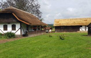 Izrađujući slamnate krovove, čuvaju staru zagorsku tradiciju i u Zagorje nastoje privući turiste