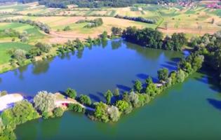 Jedinstven doživljaj – uživajte u pogledu na Bedekovčanska jezera iz zraka