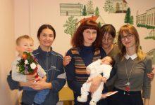 Novčana nagrada, cvijeće i licitarska srca za ponosne roditelje