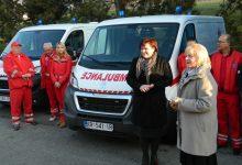Primopredaja dvaju sanitetskih vozila, vrijednih više od 550 tisuća kuna