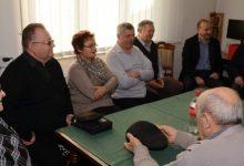 Osigurani blagdanski poklon paketi za 210 socijalno najugroženijih umirovljenika
