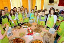 Mališani pripremali tradicionalna jela iz raznih krajeva svijeta