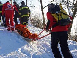 Otišla po drva, pala na ledu, pa je teško ozlijeđenu morala spašavati Gorska služba spašavanja