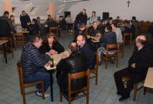 Održan turnir u belotu za pomoć NK Matija Gubec