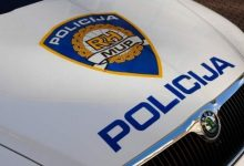 Udario u osobni automobil, 40-godišnjak zadobio teške ozljede