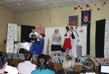 Kroz četiri godišnja doba publiku provele dvije udruge iz Zagorja te iz Kalinovca