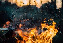U Bezavini izgorio krov klijeti, ozlijeđen vatrogasac ZJVP-a