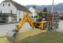 Do konca travnja obnovit će se 1450 metara ceste od Mihanović Dola do Lepoglavca