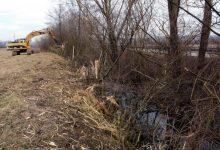 Čisti se korito potoka Pinja u Selnici i Dubovcu