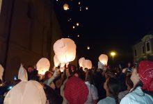 Puštanjem u zrak stotinu lampiona, obilježili završetak radova na trgu ispred župne crkve