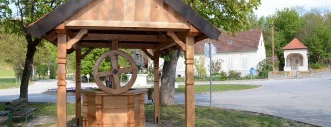 Na bunaru postavljena drvena konstrukcija od hrasta