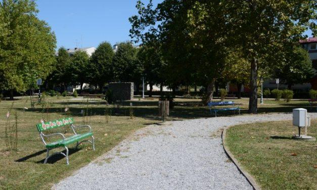 U Spomen parku Rudolfa Perešina postavljene četiri oslikane klupe