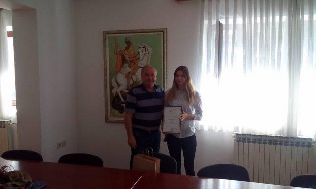 Načelnik Desinića Zvonko Škreblin održao prijem za mladu sportašicu Tamaru Gašpert