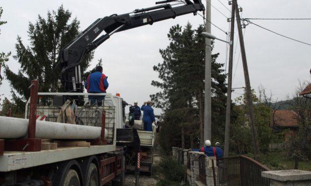 Sinoćnji olujni vjetar uzrokovao prekide u opskrbi električnom energijom u Gornjoj Šemnici, Ravninskom, Petrovskom, Pačetini i Vrhima Pregradskim