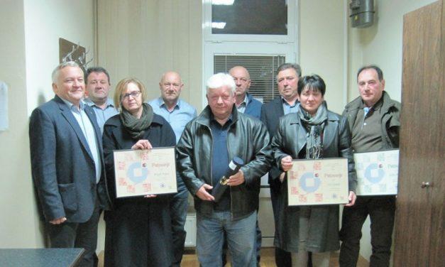 Povelju HOK-a za izniman doprinos razvoju obrtništva dobio Zlatko Sente, a zahvalnicu za izniman doprinos strukovnom obrazovanju Ivan Gorički