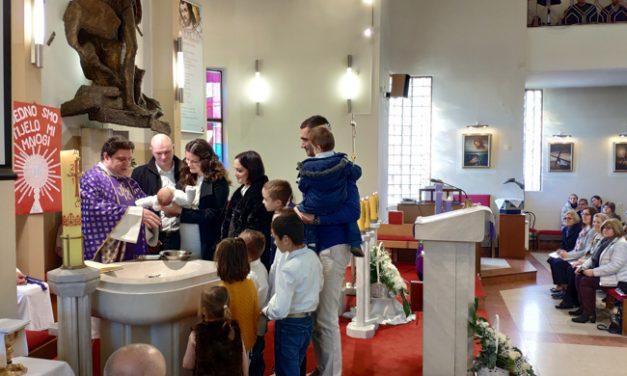 U 2018., biskupi i delegati NDS-a krstili 83 djece iz velikih obitelji, kojima je Zagrebačka nadbiskupija darovala ukupno 249 tisuća kuna