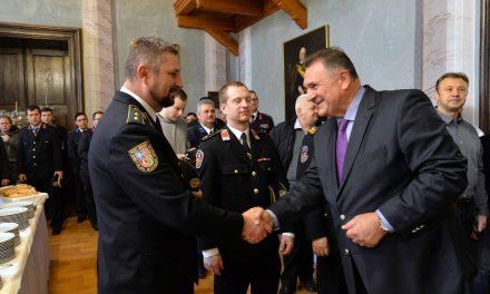 Varaždinski župan Radimir Čačić održao novogodišnji prijem za predsjednike mjesnih odbora i dobrovoljnih vatrogasnih društava s područja županije