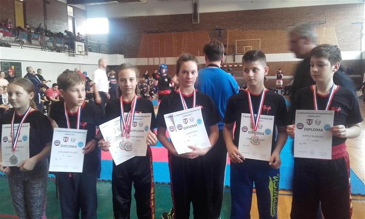 Ninjama dvije srebrne i šest brončanih medalja
