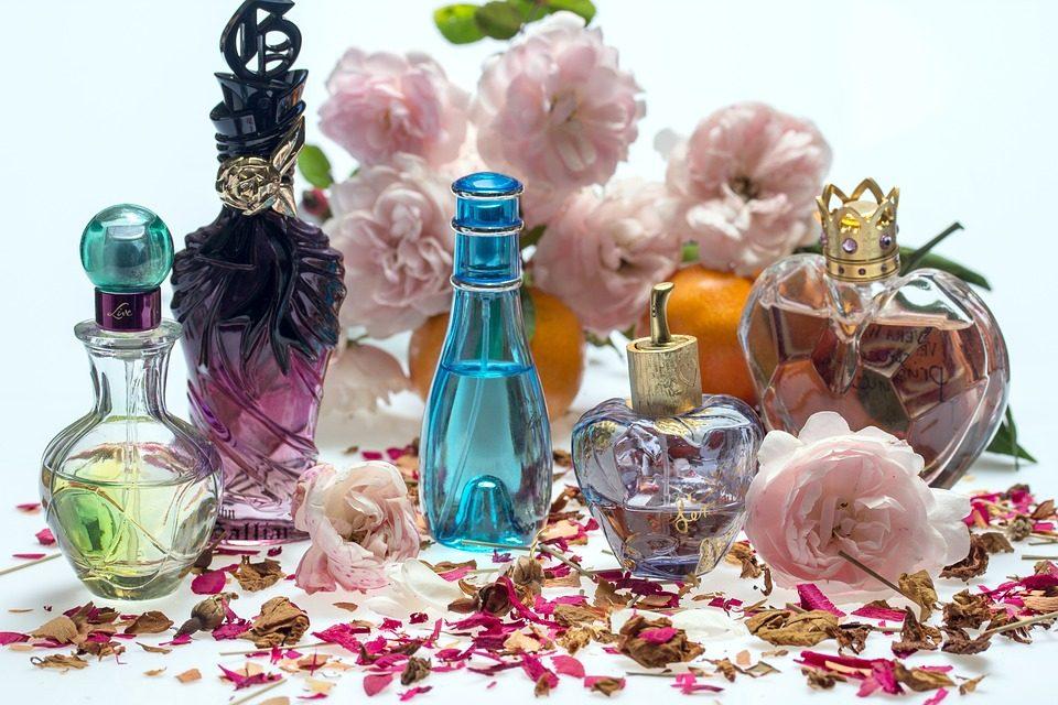 U Zaboku otuđeni parfemi u vrijednosti nekoliko tisuća kuna, u D. Stubici 59-godišnjakinja zatečena u krađi u trgovini
