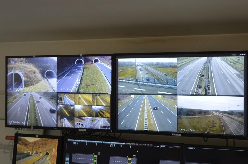 Izlijetanje automobila s ceste u Vrhima Pregradskim i ugrožavanje prometa na autocesti Zagreb – Macelj