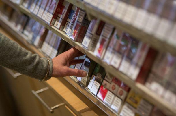 Otuđeno nekoliko desetaka konzervi i cigarete