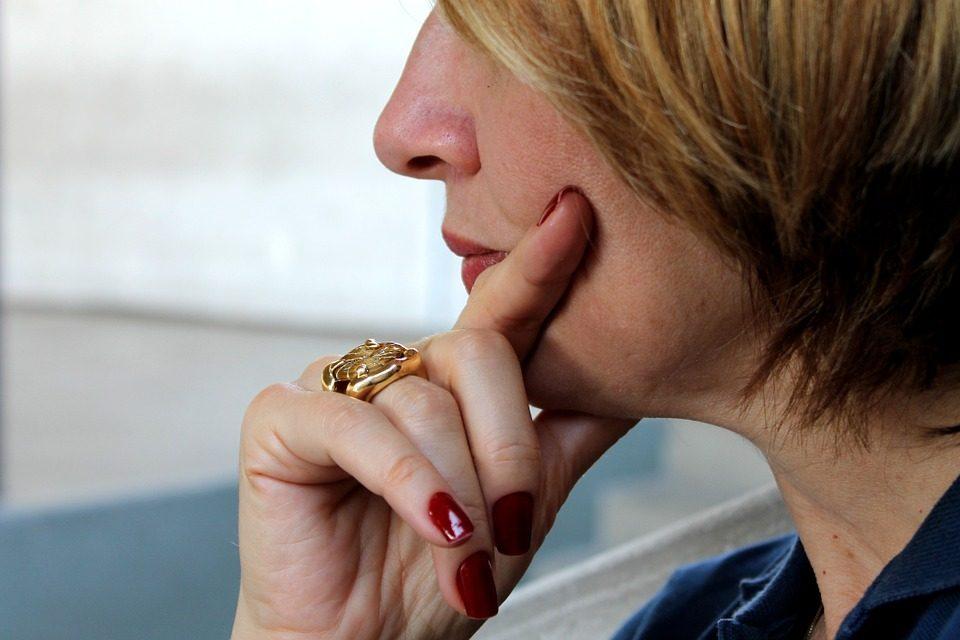 Uspješno skinuli prsten ženi kojoj je zbog bolesti natekla ruka