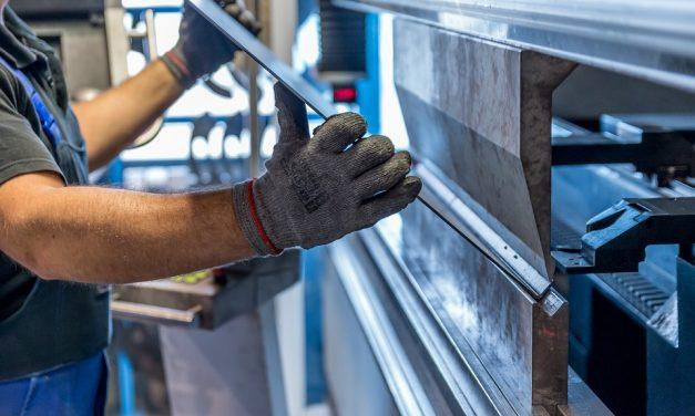 Talijansko poduzeće zapošljava više CNC tokara i CNC glodača