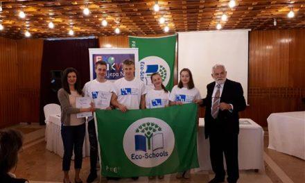 Učenici SŠ Pregrada, Lara Jazbec, Luka Štruk, Eva Horvat i Leonardo Biruš, državni prvaci iz ekologije